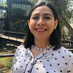 Logo Alejandra Amaro Loza